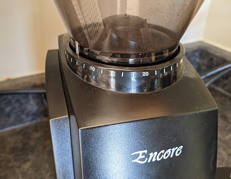 Baratza Encore coffee grinder close up of the grind size adjustments